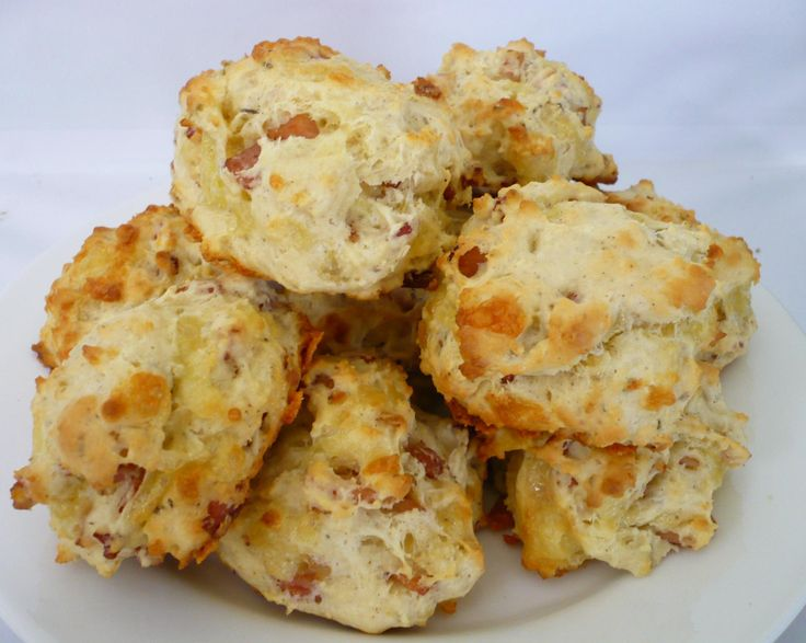 CHEESE AND BACON PICNIC SCONES | Biscuit & Scone Recipes | Pinterest