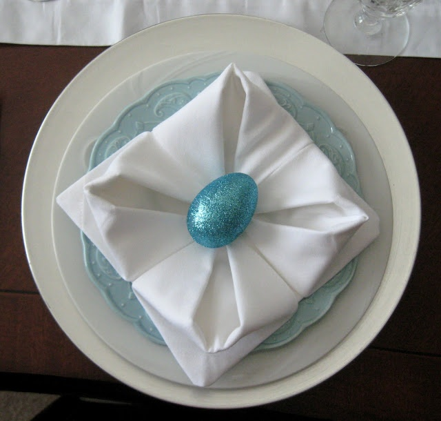 Lotus Napkin Fold Easy : Strictly Simple Style  Easter and Bunnies  Pinterest