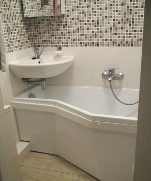 Toilet Sinks Small Spaces : Corner Bathroom Sinks Creating Space Saving Modern Bathroom Design