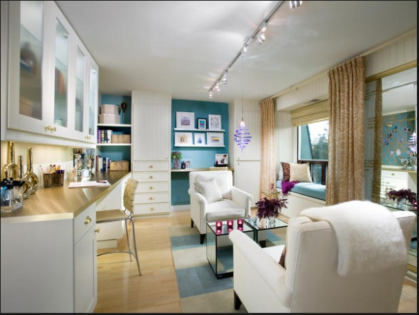 Art studio design for sewing room?  From HGTV site (Candice Olson design)
