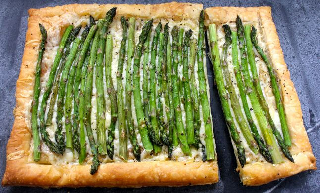 Easy and impressive Asparagus and Gruyere tart from AnnArbor.com ...