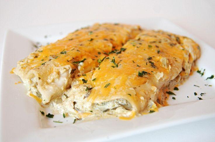 Salsa Verde Sour Cream Enchiladas. | Recipes | Pinterest