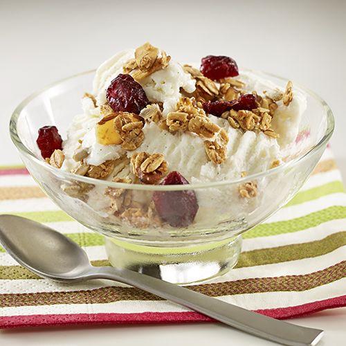 Yogurt Sundae Topped with Granola | Recipe