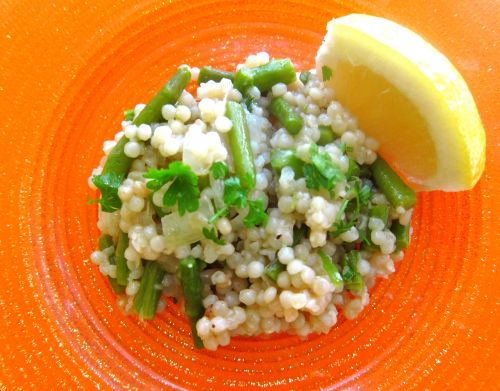 Israeli Couscous with Lemon & Asparagus | Get in MY BELLY! | Pinterest