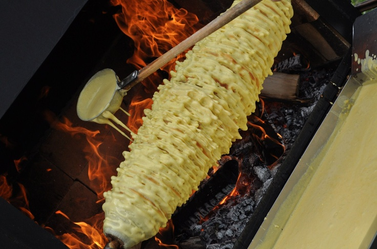Šakotis. Making the Tree Cake