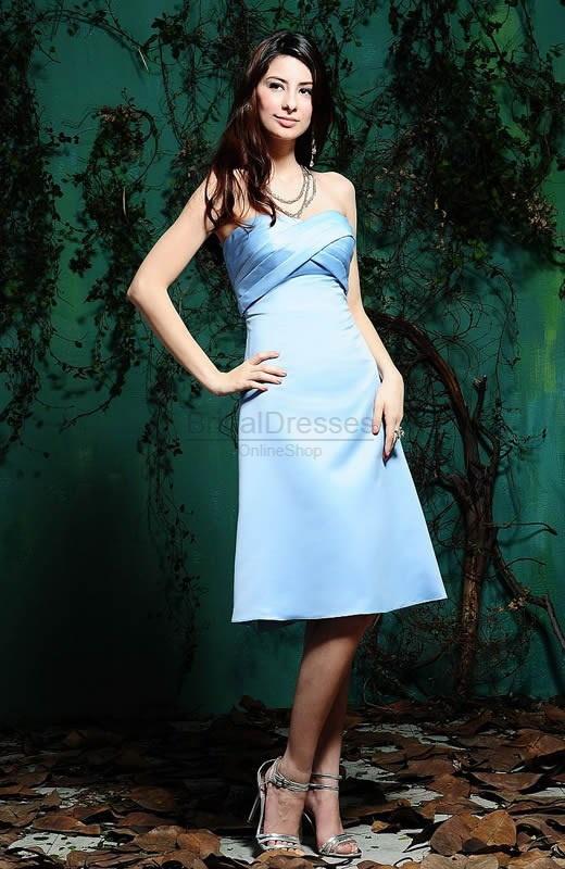 blue bridesmaid dress, cool!