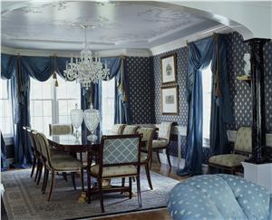 Traditional Victorian Colonial Dining Room by Sue Adams