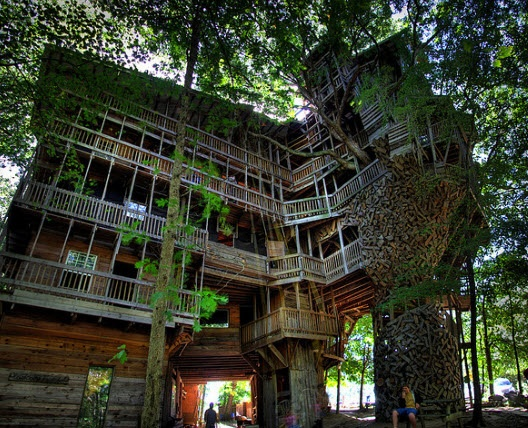 97 foot tall Treehouse