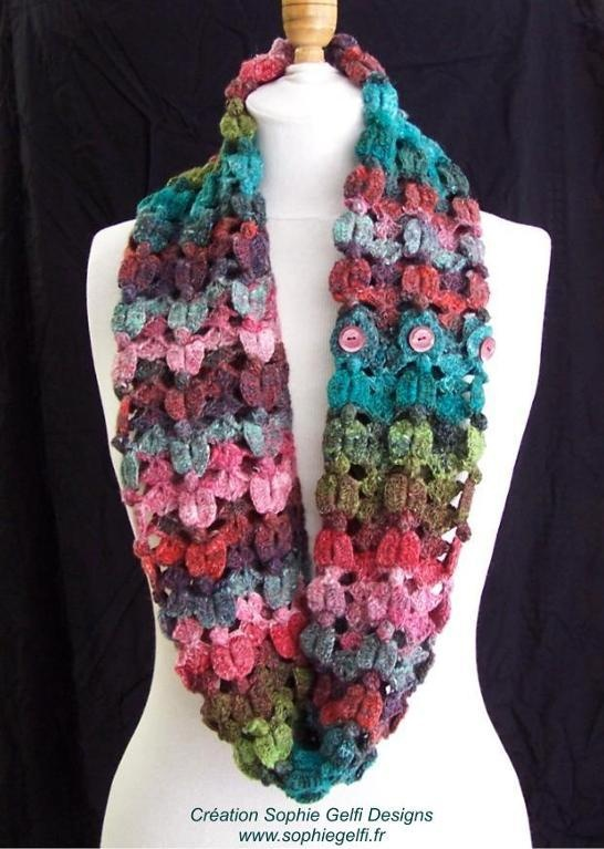 Crocheted cowl Crochet - Scarves Pinterest