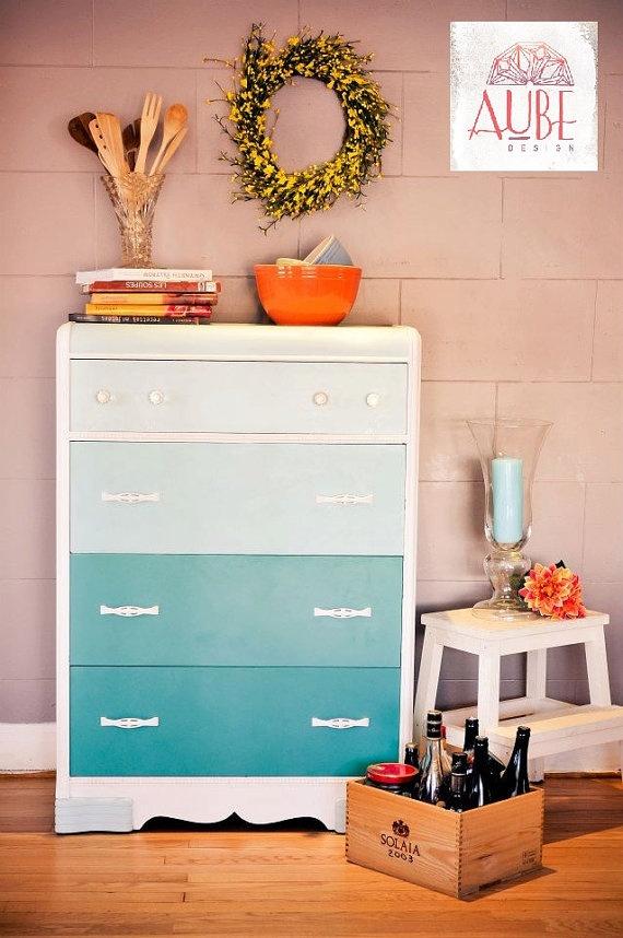 Painted dresser Commode Vintage 5 tiroirs  Annie Sloan Florence & par AUBEdesign