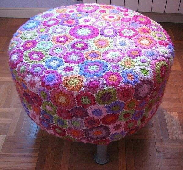 Crocheted ottoman Knit graffiti Pinterest