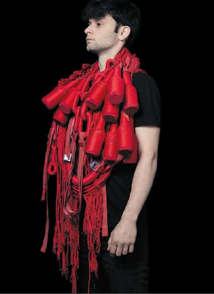 CIRCUITS BIJOUX - 'PARADE(s)' - ENSA Limoges - Remi Galtier - DNAP 2013 - fil de coton, cuivre,