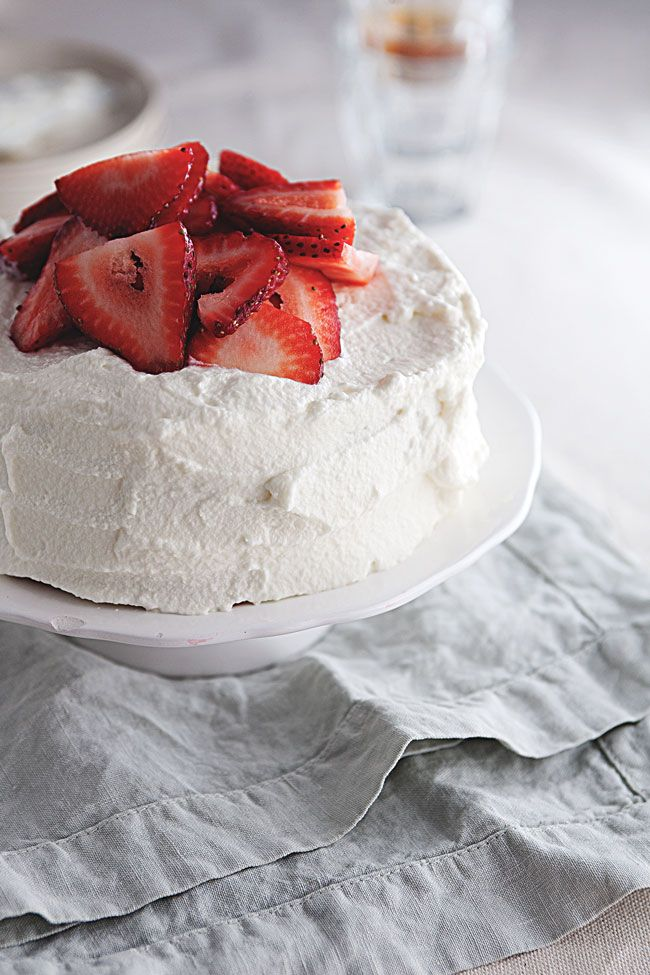 Japanese Strawberry Shortcake | Mmmmm...mmmmm... Good! | Pinterest