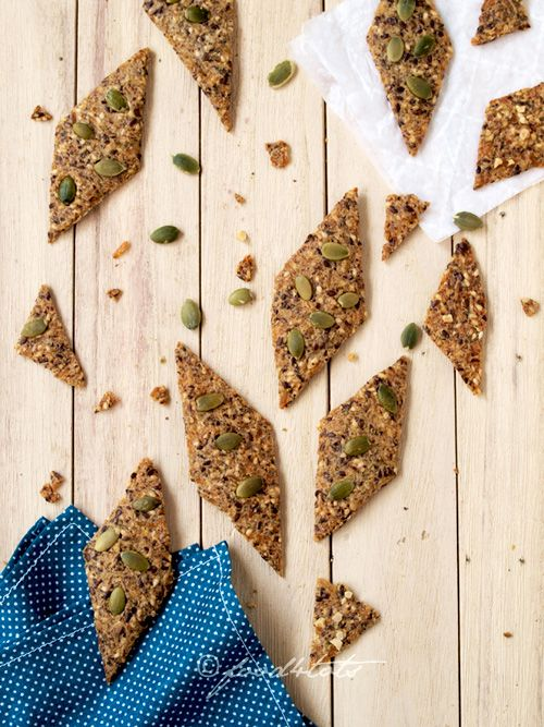 Gluten-Free Brown Rice, Quinoa and Seeds Crackers
