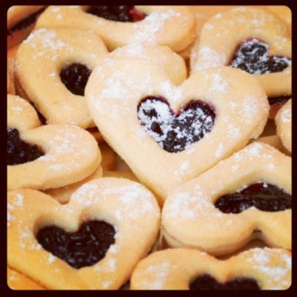 Raspberry Hearts | Cookies Etc... | Pinterest