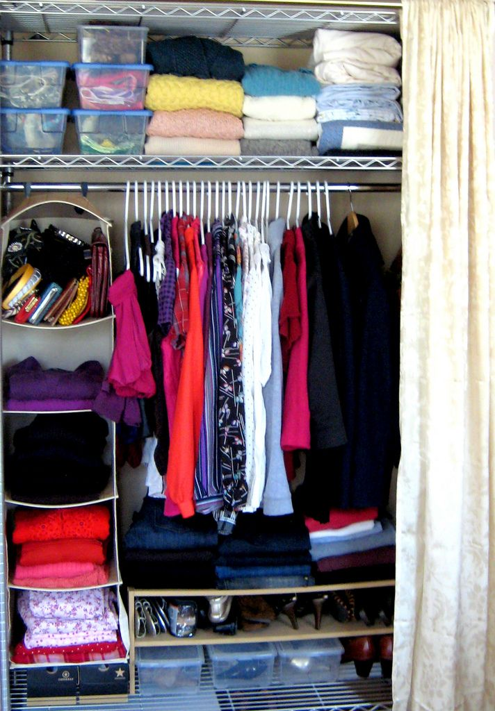 Small closet organization ideas to check out pinterest for Organizing ideas for closets