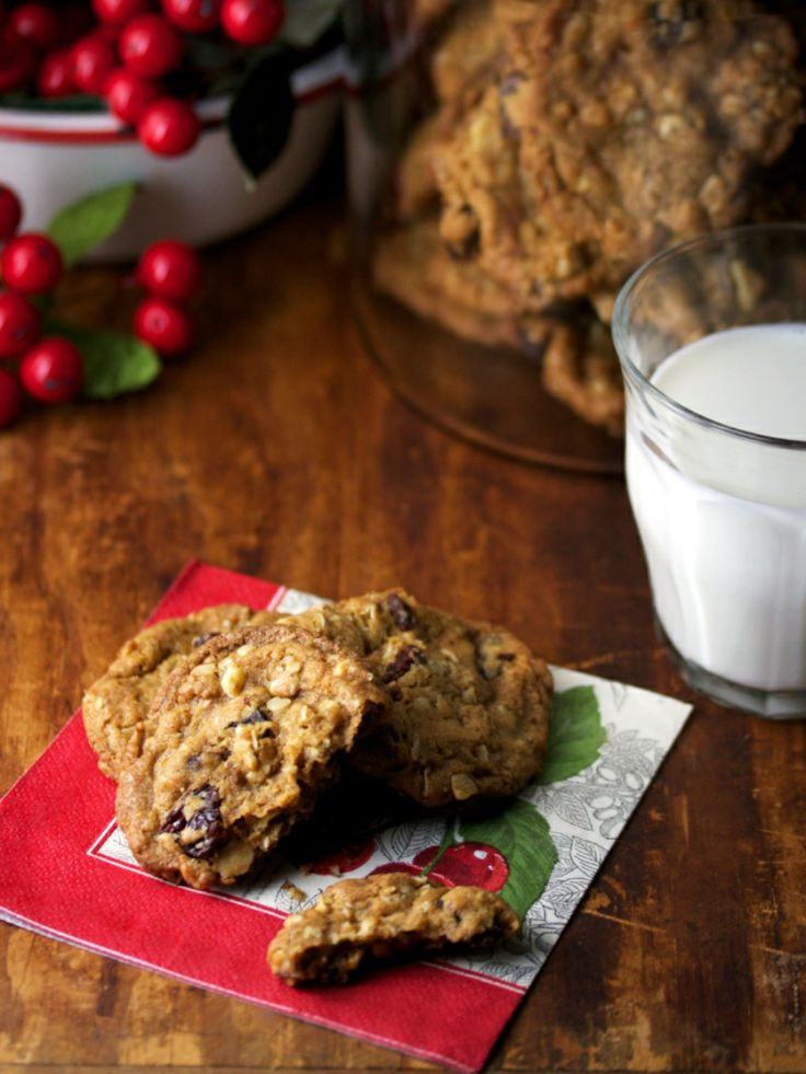 Dried Cherry Oatmeal Cookies | Christmas Cookies | Pinterest