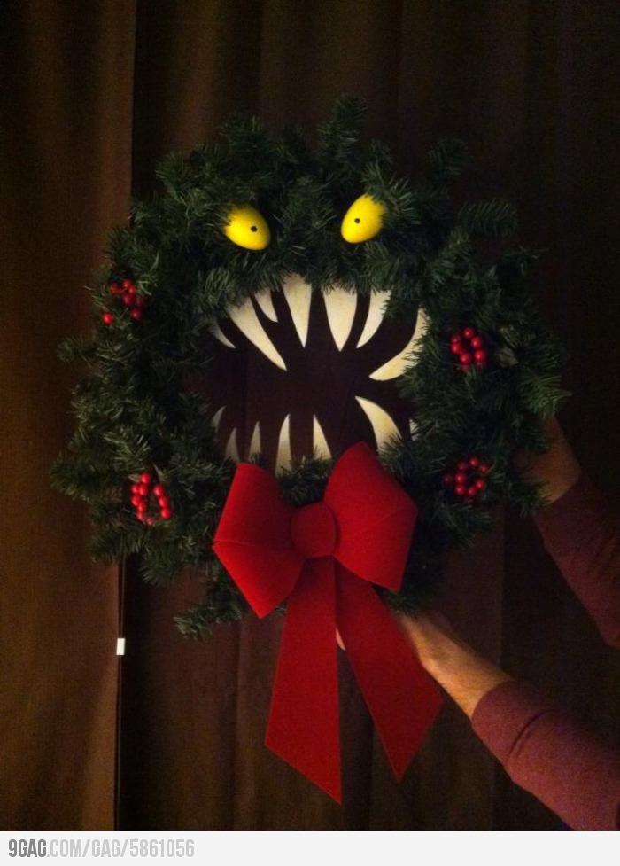 nightmare before christmas wreath xmas ideas pinterest. Black Bedroom Furniture Sets. Home Design Ideas
