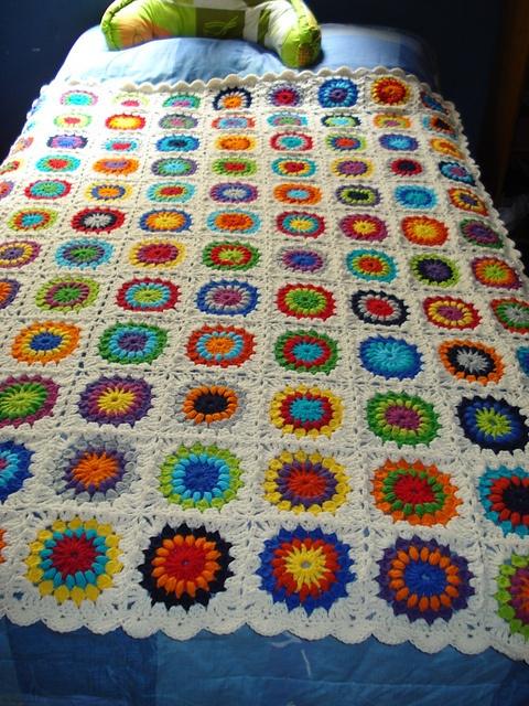 Starburst Flower Crochet Blanket Pattern : Starburst Flower Crochet blanket Crochet Inspiration ...