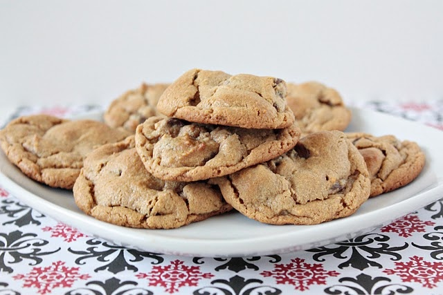 ingredient peanut butter chocolate chip cookies. mmm made these!