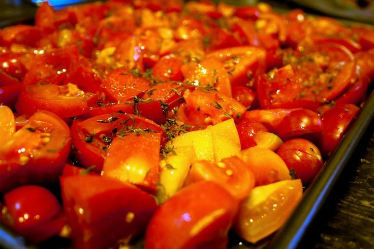 Oven Roasted Tomatoes for the freezer | Shelf life | Pinterest