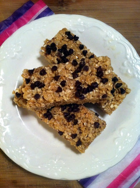 Chewy Chocolate Chip Granola Bars | food for your thoughts | Pinterest