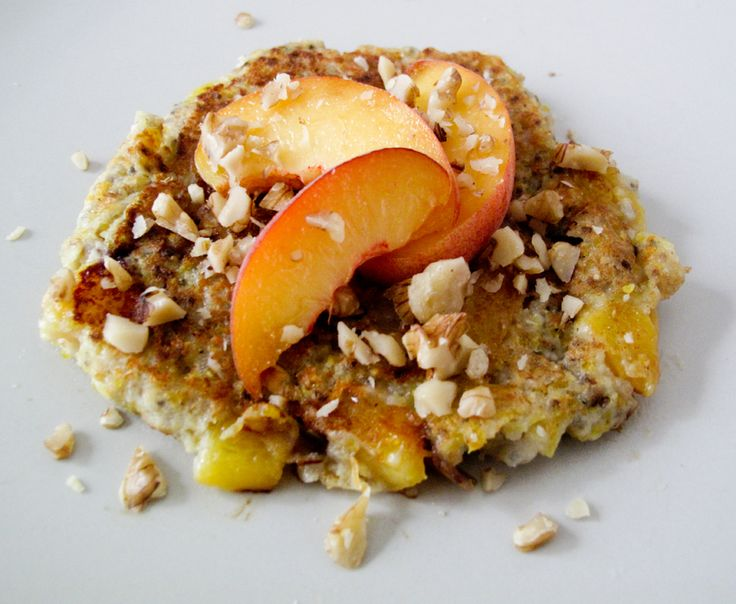 chia peach pancakes v/gf | Breakfast/Brunch...Vegan! | Pinterest