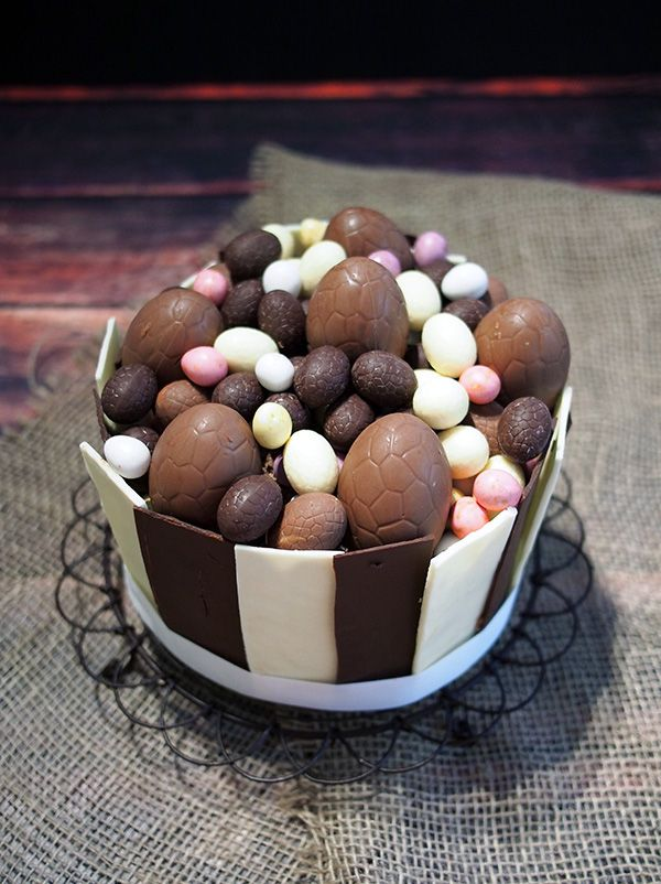 Easter Egg Cake | Desserts and Everything Sweet | Pinterest