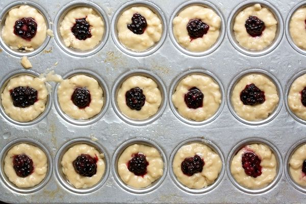 Bite-Sized Blackberry Brown Sugar Cakes | Food | Pinterest