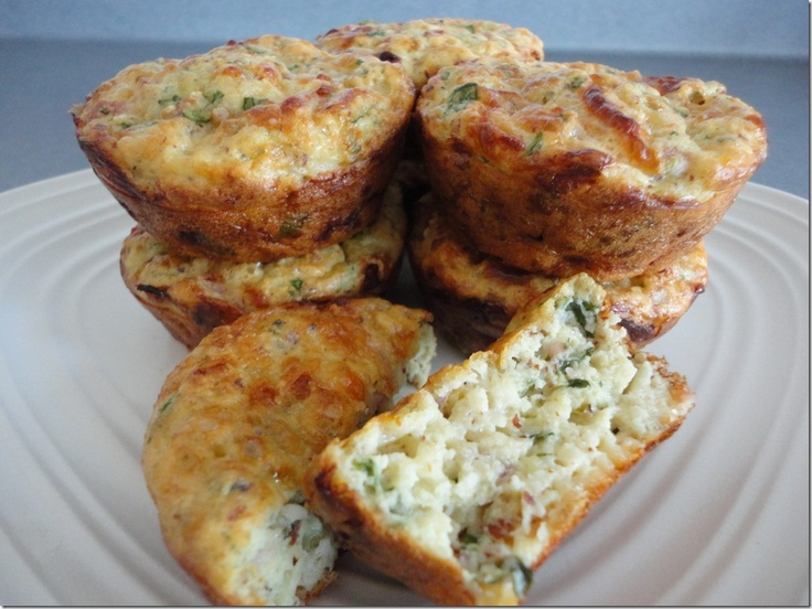 ... Cheese and Egg Breakfast Muffins with ham, mozzarella & spinach