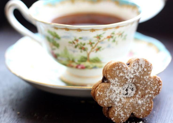 Linzer Sables | Cookies | Pinterest
