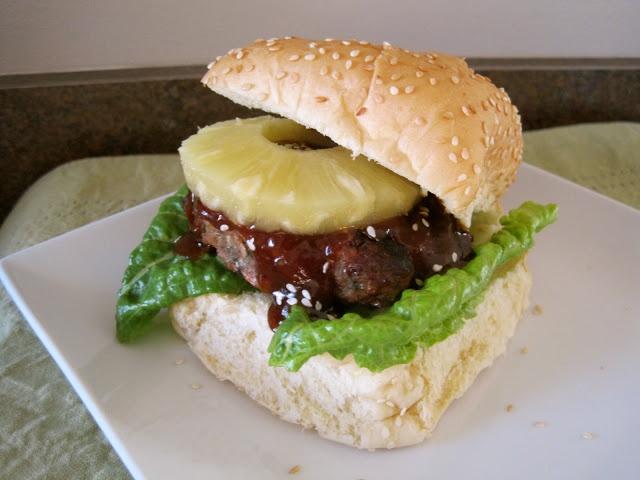 Mrs. Schwartz's Kitchen: Asian Turkey Burgers with Teriyaki BBQ Sauce