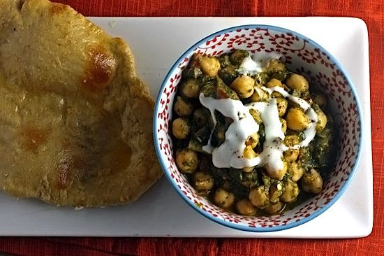 30 MINUTES - chana saag chickpeas with spinach