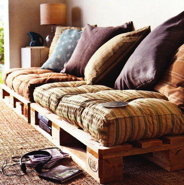 palettes de bois divan recycler pinterest. Black Bedroom Furniture Sets. Home Design Ideas