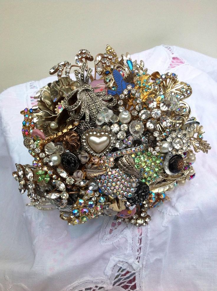 Vintage Jewellery Wedding Bouquets : Pin by keely sorette on lana kris wedding ideas