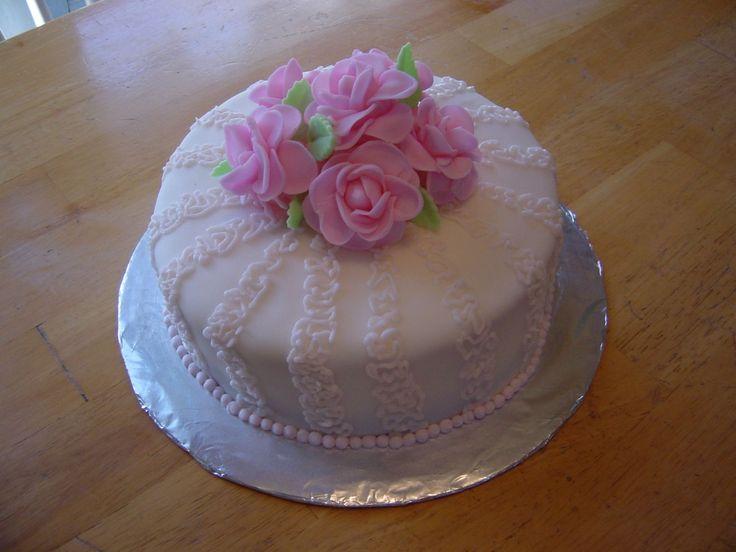 Cake Decorating Cornelli Lace : Pin by Connye Barnes on wedding cakes Pinterest
