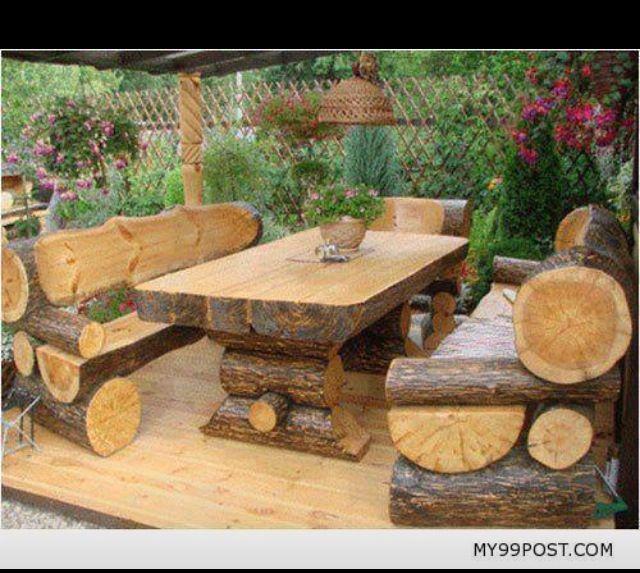 Стол для сада из бревна