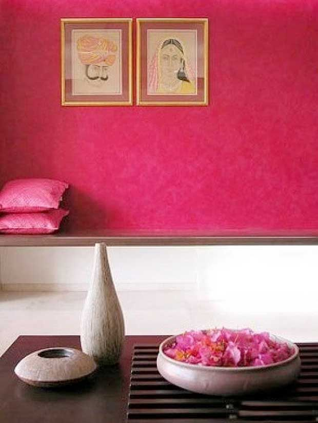 "OH SO PRETTY IN HOT PINK accent rich walls + art - ""10 Colorful India Inspired Interiors"" - paintandpattern.com"