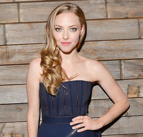 celebrity news news amanda seyfried on lovelace sex scenes i dont want my dad to see my naked body