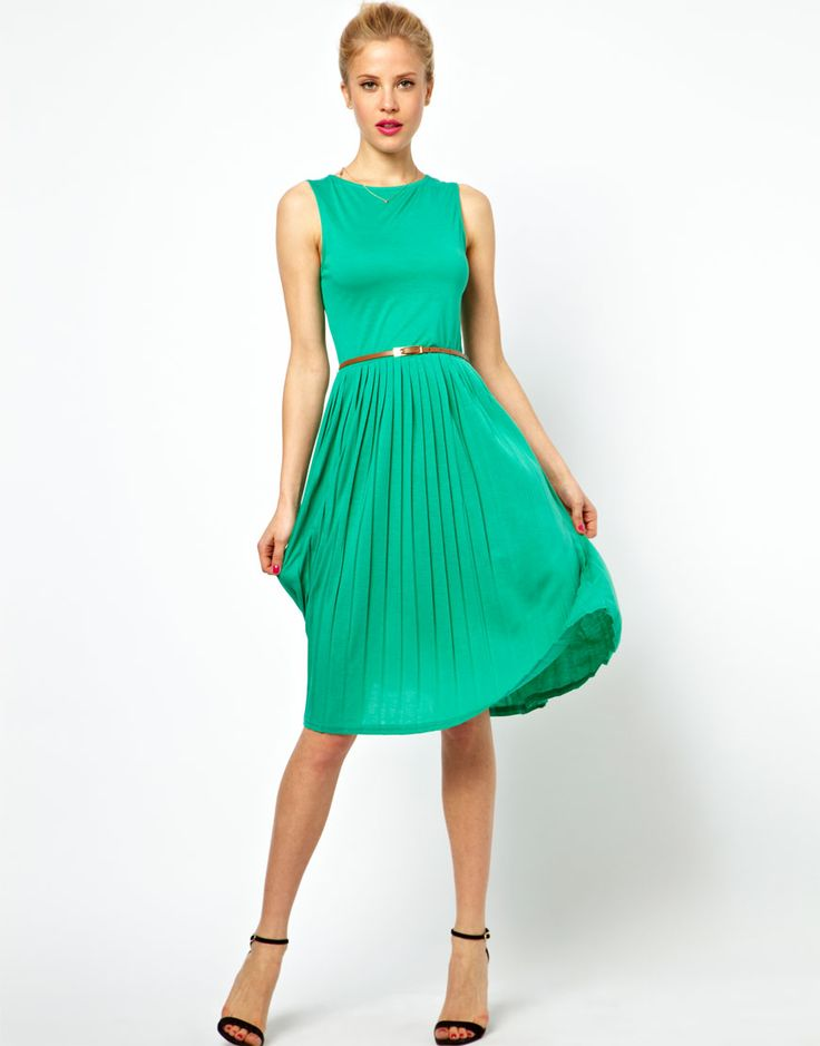 Midi Dress With Pleated Skirt | Wear it out | Pinterest
