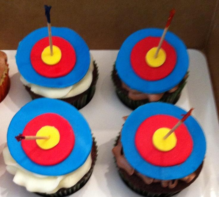 """Brave"" cupcakes , @moxiethrift on etsy Mick ava,s birthday?"