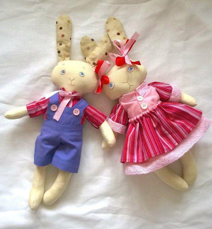 Заяц розовый рисунок
