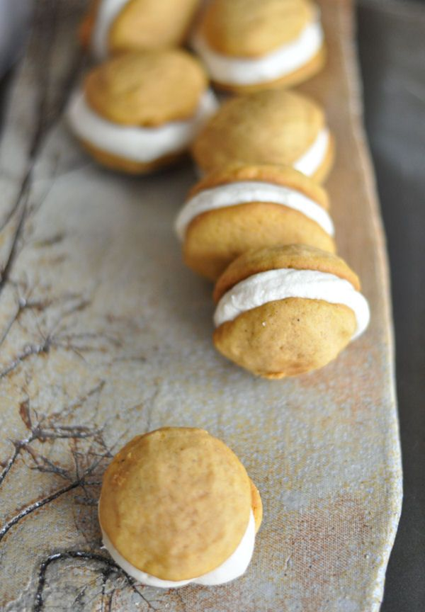 Pumpkin Sandwich Cookies with Brown Sugar Cream Cheese Frosting | Rec ...