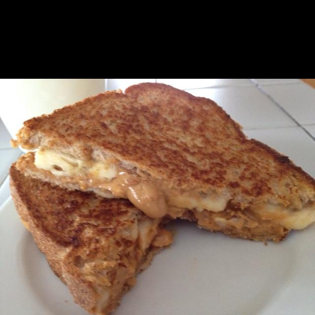 Peanut Butter Cup Grilled Sandwich Recipe — Dishmaps
