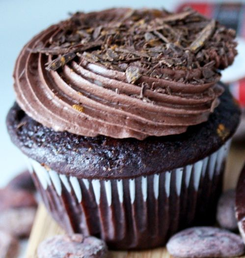 Whipped Dark Chocolate Ganache Frosting | Recipes to Try | Pinterest