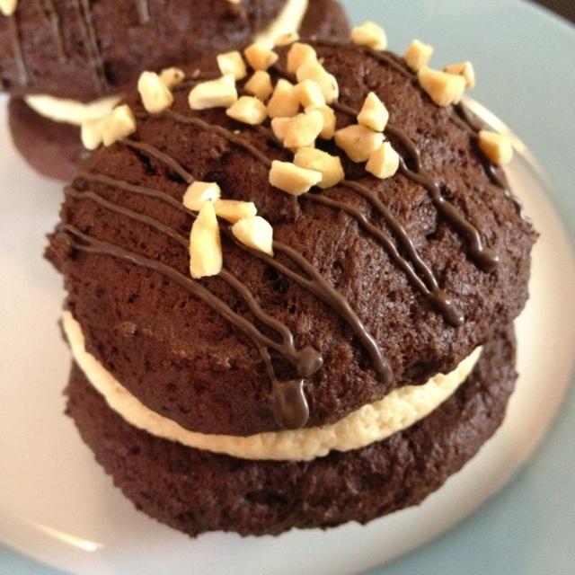 Peanut butter whoopie pies | Sweet Treats | Pinterest