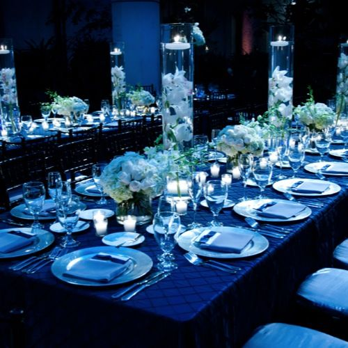 royal blue table settings centerpieces pinterest