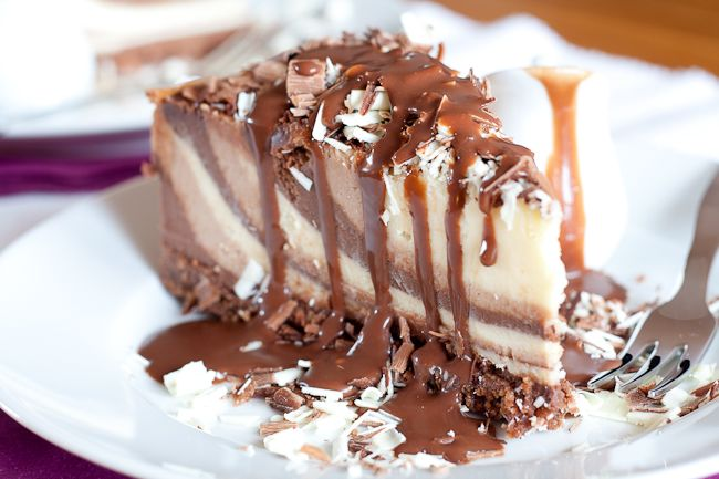 Triple Chocolate Cheesecake | cheesecake and pies | Pinterest