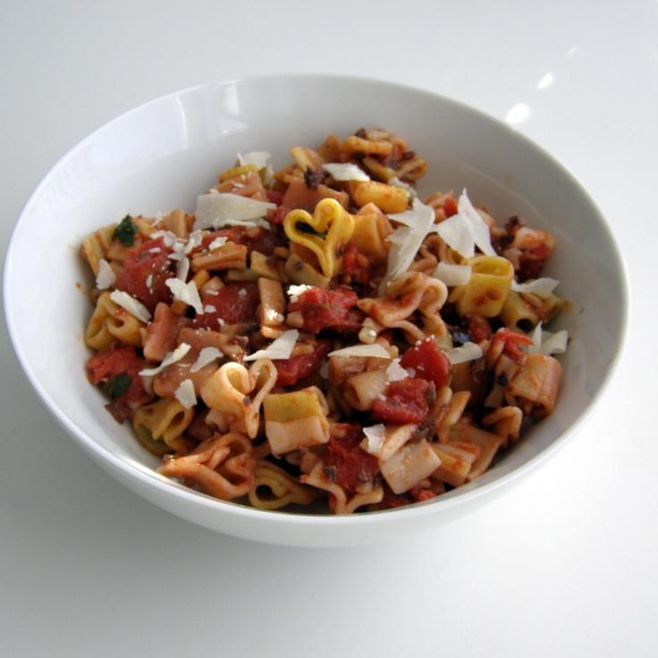 Pasta Puttanesca - heart pasta fab! | more recipies | Pinterest