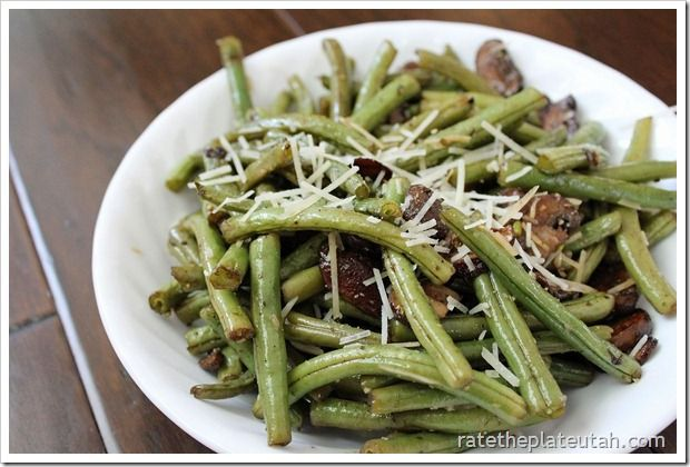 Roasted Balsamic-Parmesan Green Beans & Mushrooms - a really easy, but ...